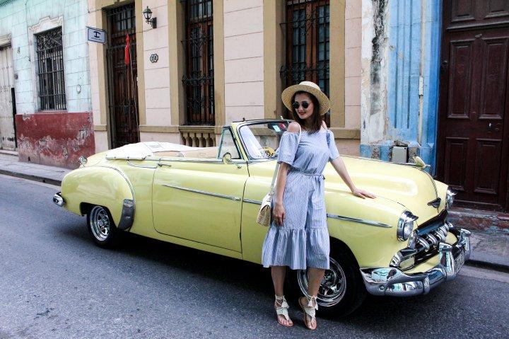 Cuban Chic – Off-ShoulderKleid
