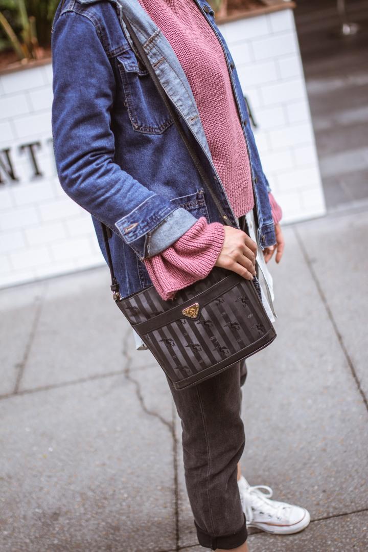 Swiss Blogger Carousel –Layering